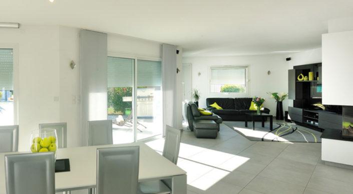 enfin un site utile commerces et services. Black Bedroom Furniture Sets. Home Design Ideas