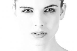 lumière pulsée sur le visage et sur le reste du corps